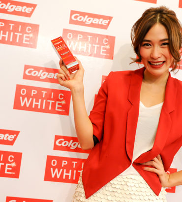 Colgate Optic White Roadshow @ Top Market