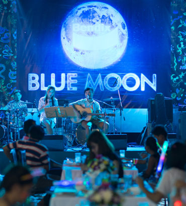Rally Bendix Blue moon party